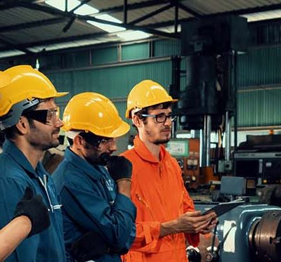 Is Workplace Fashion Important in Safety? Of Course!