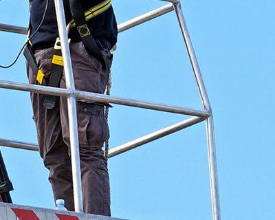 Vehicle Mounted Aerial Lift (Bucket Truck) – Operator Safety (OSHA)